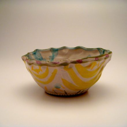 B29: Main image for Bowl made by Deirdre Daw