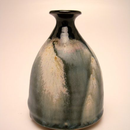 V09: Main image for Vase made by Virginia Marsh