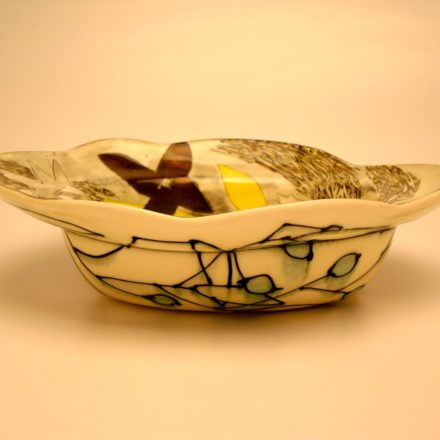 B169: Main image for Bowl made by Naomi Cleary