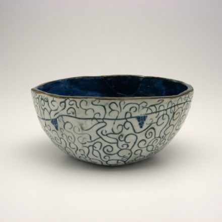 B73: Main image for Bowl made by Laura Rosenfield