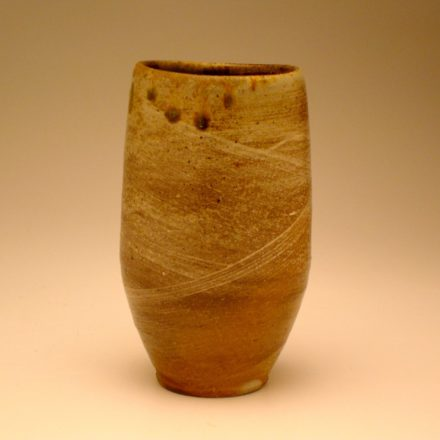 C118: Main image for Cup made by Liz Lurie