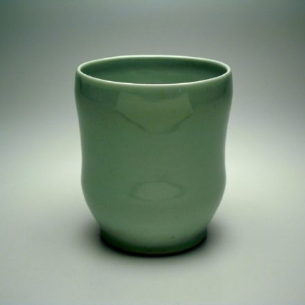 C219: Main image for Cup made by Peter Beasecker