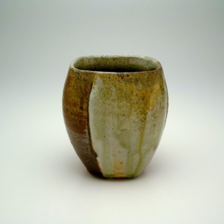 C272: Main image for Cup made by Liz Lurie