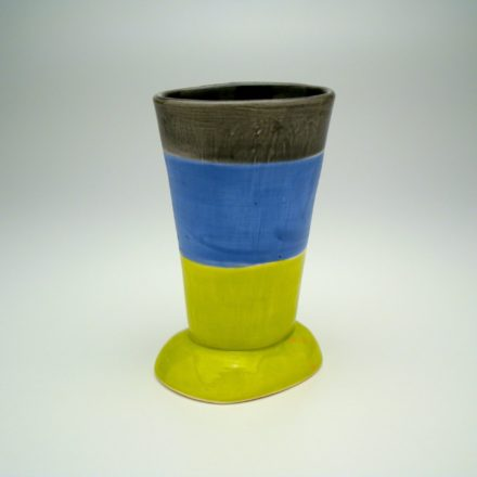 C394: Main image for Cup made by Judith Salomon