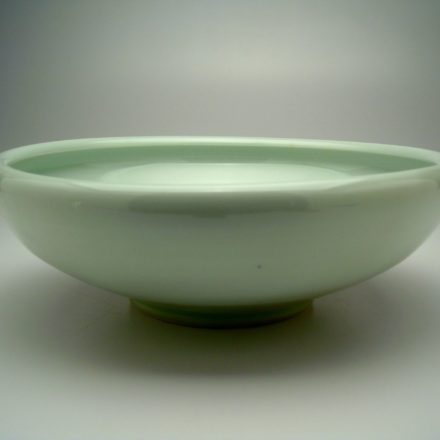 B219: Main image for Bowl made by Peter Beasecker