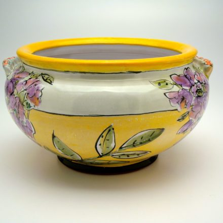 B345: Main image for Bowl made by Linda Arbuckle