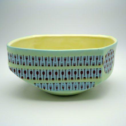 B348: Main image for Bowl made by Andrew Gilliatt