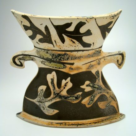 V77: Main image for Vase made by Kate Inskeep