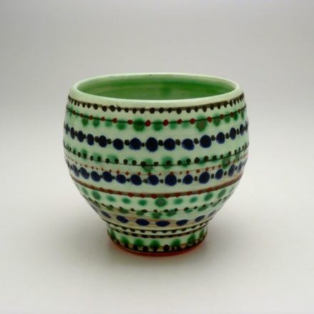 C491: Main image for Cup made by Gail Kendall