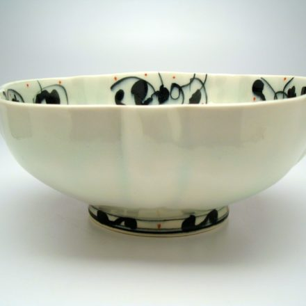 B396: Main image for Bowl made by Andrew Martin