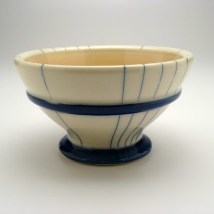 B411: Main image for Bowl made by Monica Ripley