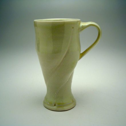 C460: Main image for Cup made by Leah Leitson