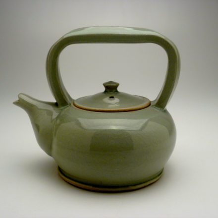 T61: Main image for Teapot made by Louise Rosenfield