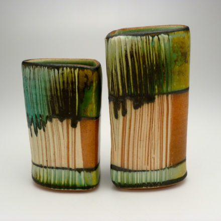 V100: Main image for Pair of Vases made by Suze Lindsay