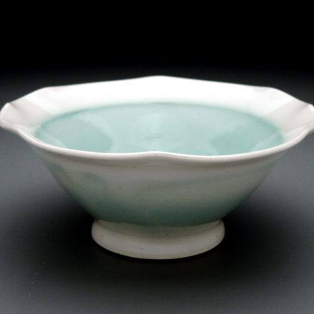 B472: Main image for Bowl made by Monica Ripley
