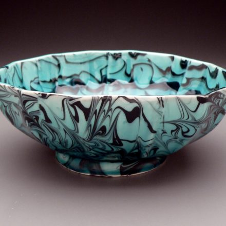 B473: Main image for Bowl made by Andrew Martin