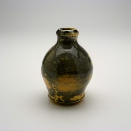 V114: Main image for Bottle made by James Olney