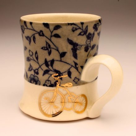 C733: Main image for Cup made by Melissa Mencini