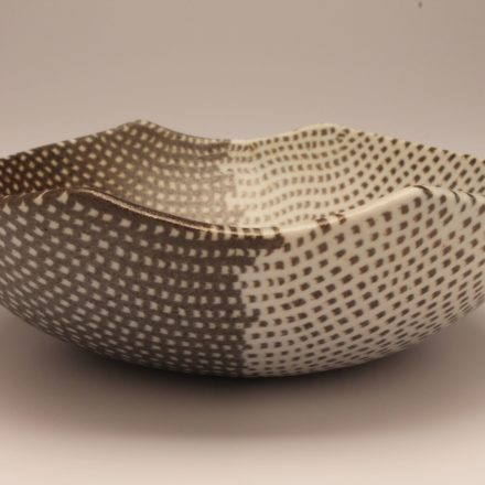 B538: Main image for Bowl made by Susy Siegele