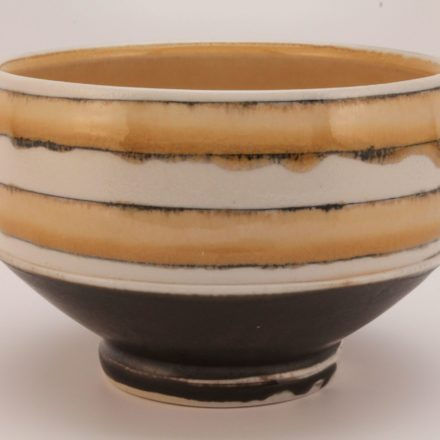 B558: Main image for Bowl made by Lorna Meaden