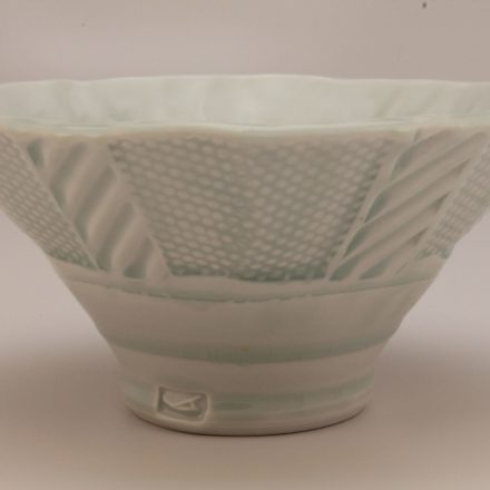 B560: Main image for Bowl made by Andy Shaw