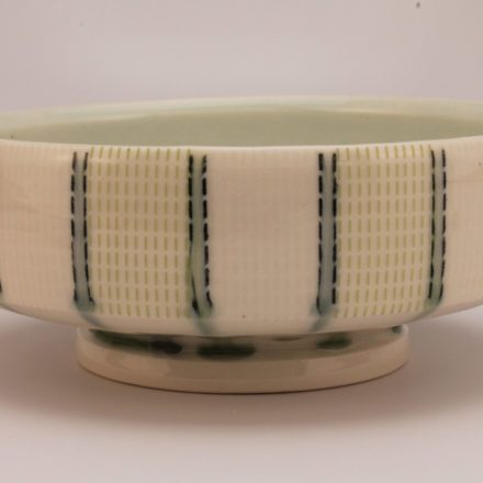 B568: Main image for Bowl made by Paul Donnelly