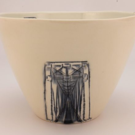 B598: Main image for Bowl made by Nicole Aguillano
