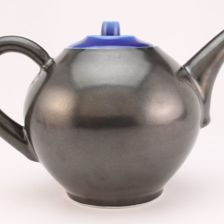 T94: Main image for Teapot made by Peter Beasecker