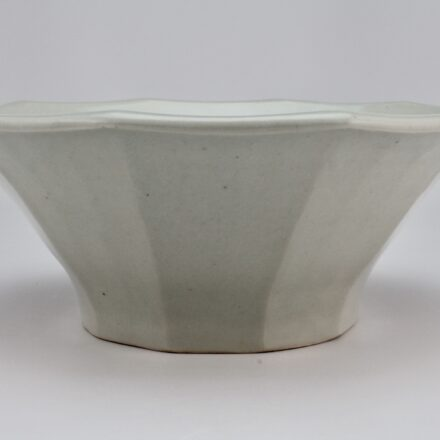 B724: Main image for Bowl made by Unknown