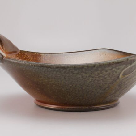 B725: Main image for Bowl made by Tara Wilson