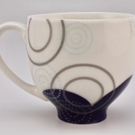 C1112: Main image for Cup made by Meredith Host